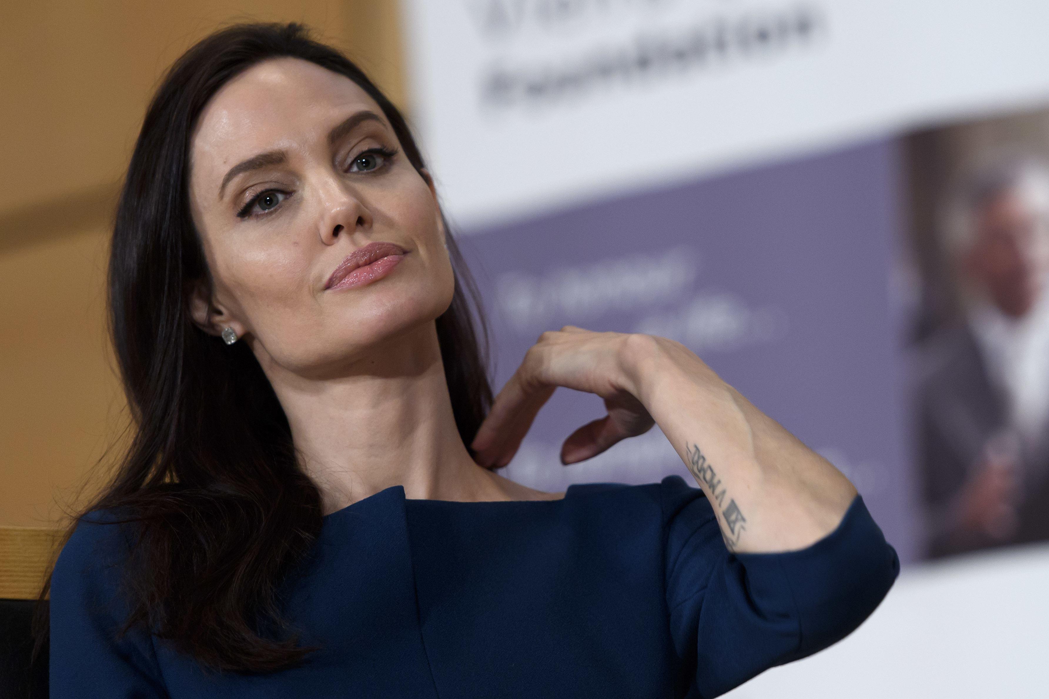 Jolie Makes Surprising Health Reveal in Vanity Fair