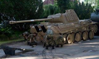 Wwii Tank Was Stashed In 78 Year Old S Cellar In Germany