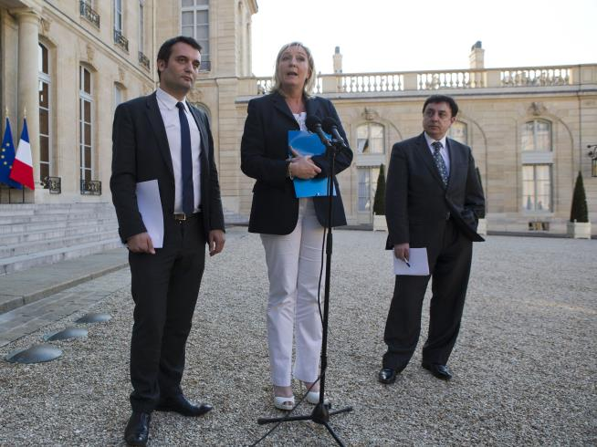 Le Pen tries to court French environmentalists