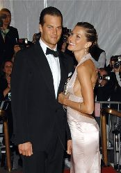 Tom Brady and Gisele Bundchen arrive at the Metropolitan Museum of Art's Costume Institute Gala, in New York on Monday, May 5, 2008.