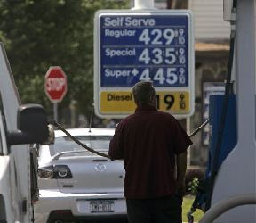 With prices pushing $4.30 per gallon in South Florida, a lottery poll found that 90% of players would prefer their winnings in gas, rather than cash.