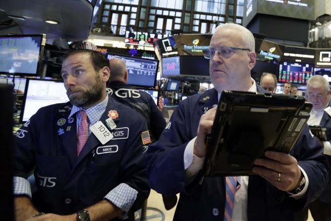 Trade Worries Weigh on Wall Street, Tech Stocks Suffer