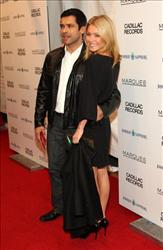 Actor Mark Consuelos and TV personality Kelly Ripa attend the premiere of 'Cadillac Records' at the AMC Loews 19th Street theater on December 1, 2008 in New York City.