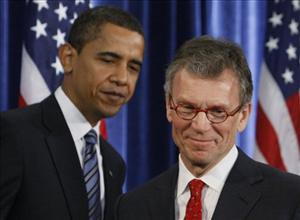President-elect Barack Obama stands with Health and Human Services Secretary-designate, former Senate Majority Leader Thomas Daschle, at a news conference in Chicago, Thursday, Dec. 11, 2008.