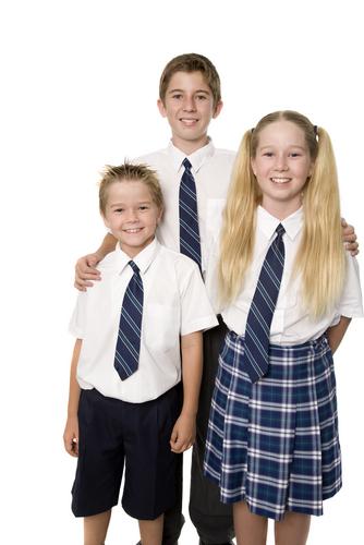 should kids wear school uniforms essay