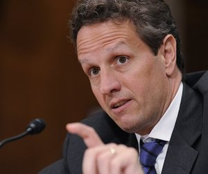 Treasury Secretary Timothy Geithner testifies on Capitol Hil on June 9, 2009.