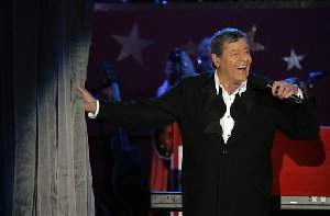 Jerry Lewis performs during the Jerry Lewis Labor Day Telethon in Beverly Hills, Calif.on Sept. 5, 2005.  Lewis' telethon for muscular dystrophY, which aired from Las Vegas last year, will be back in  Las Vegas  in September, organizers said Wednesday, May 16, 2007.  (AP Photo/Jae C. Hong)