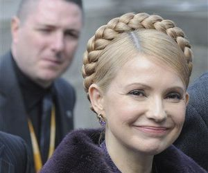 Ukrainian Prime Minister -- and former fat person -- Yulia Tymoshenko tops the list. That guy in the background is totally checking her out.