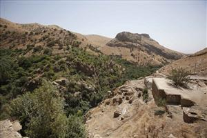 A general view of the Iran-Iraq border; the woman was allegedly detained crossing the border father north, near Armenia.