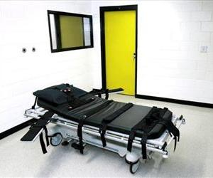This Oct. 24, 2001 file photo shows the death chamber at the state prison in Jackson, Ga.