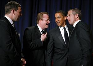 President Barack Obama chats with White House Press Secretary Robert Gibbs, NBC's Brian Williams (R) and CNN's Ed Henry during the White House Correspondents' dinner May 9, 2009, Washington, DC.