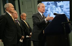 Mayor Michael Bloomberg, right, will officiate at the wedding of chief policy adviser John Feinblatt, second left.