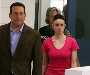 Casey Anthony leaves with her attorney Jose Baez from the Booking and Release Center at the Orange County Jail after she was acquitted of murder, July 17, 2011 in Orlando, Florida.