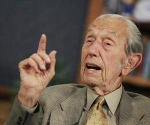 In this May 23, 2011 photo, Harold Camping speaks during a taping of his show Open Forum in Oakland, Calif.