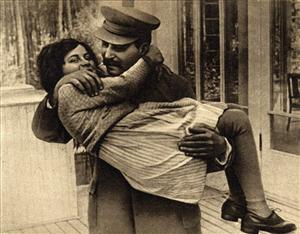 Josef Stalin with his daughter Svetlana Alliluyeva. Her mother committed suicide when she was 6 years old.