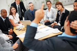 Meetings can have an impact on your problem-solving abilities, a new study finds.