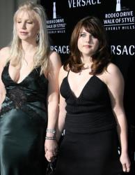 Courtney Love arrives with her daughter Francis Cobain for the Rodeo Drive Walk of Style Award, 08 February 2007 in Beverly Hills, California.