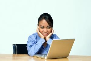 Women are more likely to unfriend you online according to a recent study.