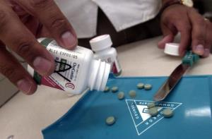 The prescription medicine OxyContin is displayed August 21, 2001 at a Walgreens drugstore in Brookline, Mass.