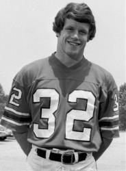Former Atlanta Falcons safety Ray Easterling, who suffered from dementia, killed himself in April at the age of 62.