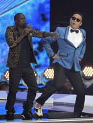 Host Kevin Hart, left, and South Korean rapper PSY perform onstage at the MTV Video Music Awards on Thursday, Sept. 6, 2012, in Los Angeles.