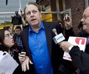 Curt Schilling leaves the Rhode Island Economic Development Corporation headquarters in Providence, after a meeting to discuss 38 Studios' troubled finances, in this May 21, 2012 file photo.