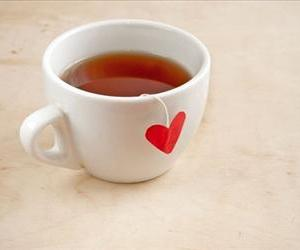 Researchers have found yet another way tea is good for you.