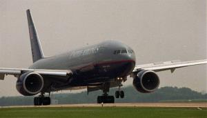 A United Airlines flight from London arrives at Dulles Airport in Chantilly, Va. in June 1995.