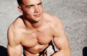 Teenage boys with strong muscles may live longer.