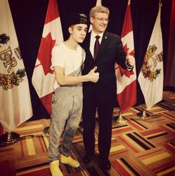 I met the Prime Minister in overalls lol, tweeted Justin Bieber.