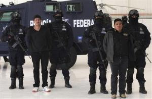 Federal Police agents captured Zetas cartel members in Mexico City.