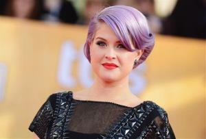 Kelly Osbourne arrives at the Screen Actors Guild Awards in Los Angeles on Jan. 27, 2013.