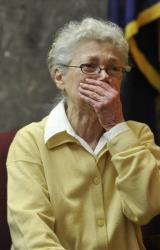 Sandra Layne, 75, of West Bloomfield, Michigan, testifies during her trial last week.