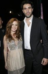 Sacha Baron Cohen and his fiance Isla Fisher pose backstage during the MTV Movie Awards in Los Angeles,  Sunday, June 3, 2007.