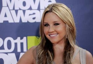 In this June 5, 2011 file photo, Amanda Bynes arrives at the MTV Movie Awards, in Los Angeles.