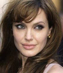 Angelina Jolie managed to keep her double mastectomy a secret from February 2, when procedures started, through April 27, when they were completed, and all the way until May 14, when she revealed everything.