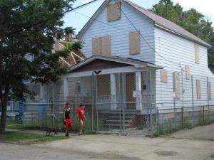 The house where Ariel Castro kept three women captive for a decade in Cleveland is being torn down.