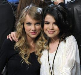 Taylor Swift absolutely hates Justin Bieber, sources say, and that has led to a rift between her and former bestie Selena Gomez. Swift was once even caught making a ew face on camera as Gomez and Bieber embraced.