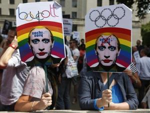 A new Russian law that bans propaganda of nontraditional sexual relations has sparked calls for a boycott of the Sochi Olympics.