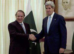 Pakistan's Prime Minister Nawaz Sharif, left, and visiting US Secretary of State John Kerry pose for a picture prior to their meeting in Islamabad, Pakistan on Thursday, Aug. 1, 2013.