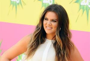 In this March 23, 2013 file photo, Khloe Kardashian arrives at the 26th annual Nickelodeon's Kids' Choice Awards in Los Angeles.