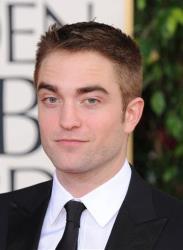 Robert Pattinson arrives at the 70th Annual Golden Globe Awards on Jan. 13, 2013.