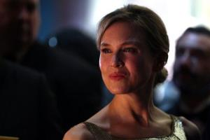 Renee Zellweger backstage at the Oscars at the Dolby Theatre on Sunday Feb. 24, 2013, in Los Angeles.