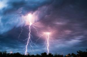 Lightning struck the same guy twice within moments.