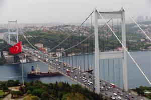 The Fatih Sultan Mehmed Bridge is one of two bridges already connecting Istanbul's European and Asian sides.