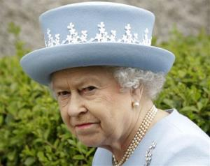 Palace cops were told to keep their sticky fingers off the Queen's nuts.