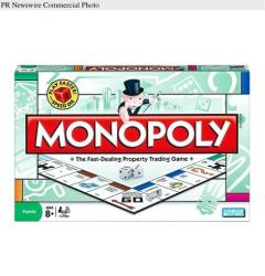 A box for the US version of Monopoly.