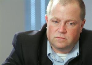 Richard Jewell is interviewed by the Associated Press in this 2006 file photo. He was erroneously linked to the 1996 Olympic bombing in Atlanta.