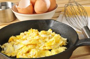You're probably not making scrambled eggs right, says an expert.