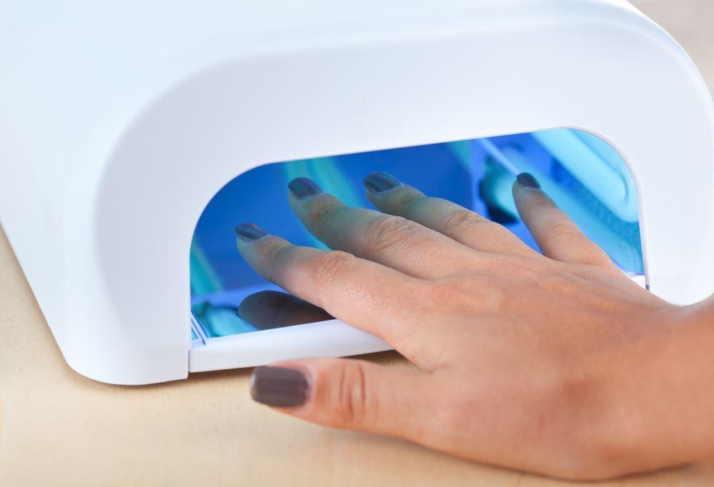 Как сделать лампу для сушки ногтей